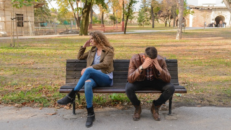 Why We Keep Dating the Wrong People For Us